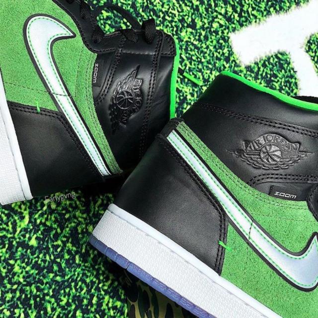 「黑绿配色」AJ1 Zoom 最新实物曝光!太像 13 年前的 Dunk SB!