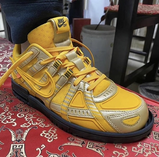 OFF-WHITE x Nike 神秘鞋款再曝新配色!今年春季发售