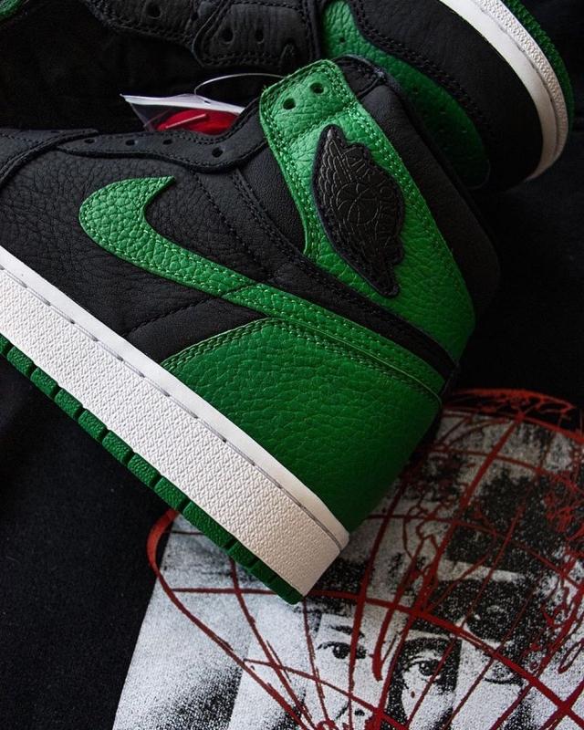 三月球鞋转卖谁最火?「百万货量」黑红 AJ11 排最后!第一名意料之中!