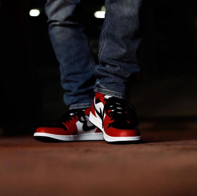 「反转黑红」AJ1 Low 领衔!今年夏天买鞋,看这几双就够了!