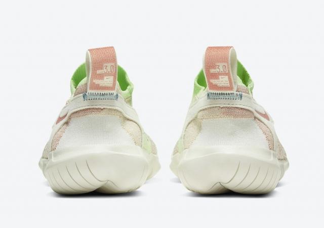 Nike Free Run Flyknit 跑鞋迎来全新一代!首发两款配色曝光!