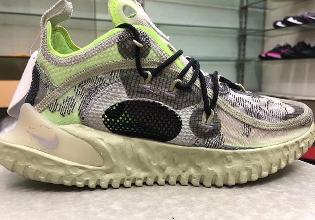 Nike 设计了一双超怪的鞋,你能 GET 到它的「美」么?