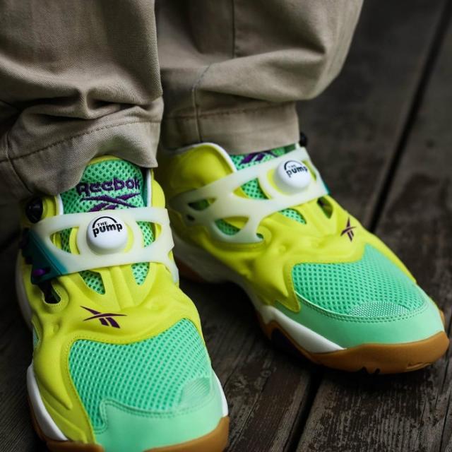 可调节框架设计!全新 Reebok 充气球鞋刚刚发售!