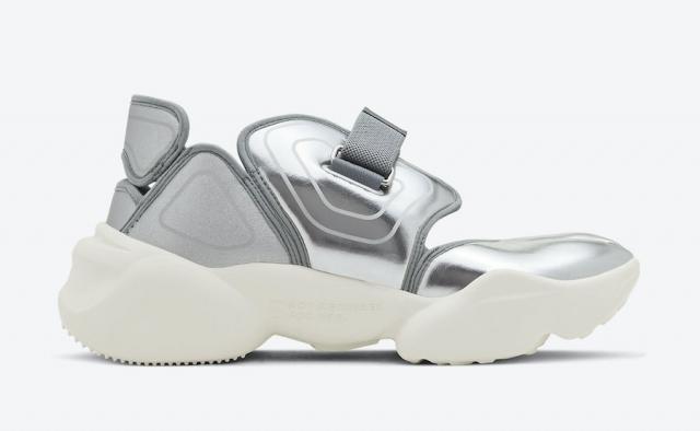 液态金属装扮!Nike Aqua Rift 新配色即将发售!