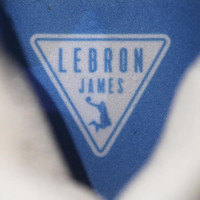 复活节配色 LeBron 17 Low 实物美图曝光!预计将于下月发售!