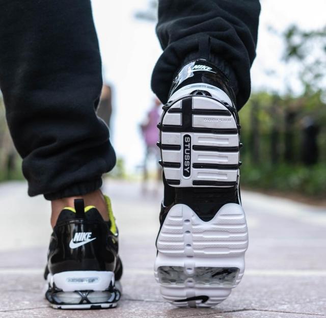 谍照都说丑,上脚就真香!Stussy x Nike 新联名打几分?