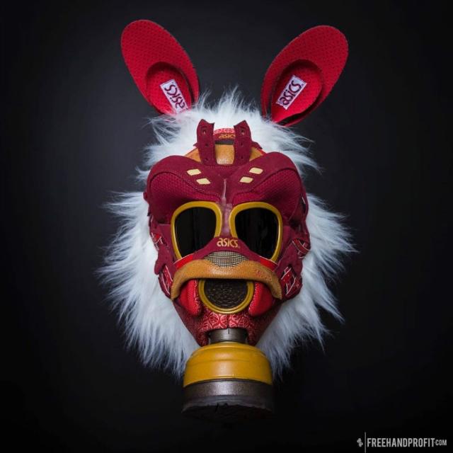 拆 MAG、锯乔一!这个「天价鞋杀手」打造的球鞋面具,太酷了!