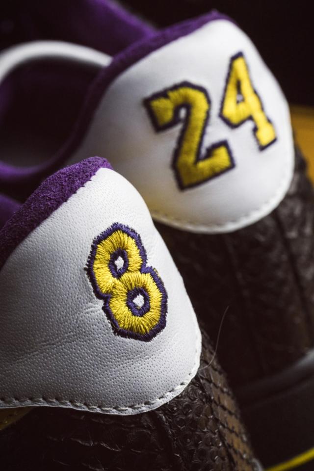 打开鞋盒瞬间泪目!限量 24 双的科比球鞋抢先开箱!买不到也得看看