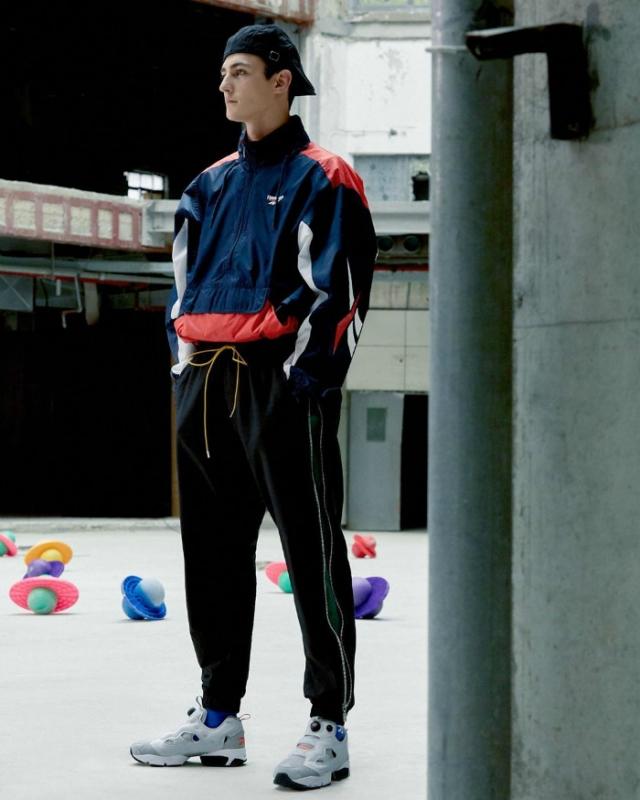 涵盖专属鞋款及配套服饰!Reebok「上海限定」本周发售!