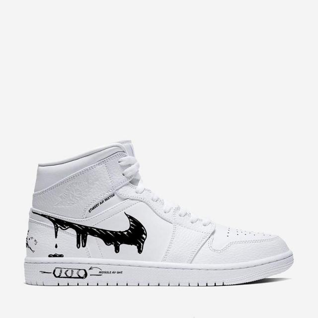纯白球鞋正确的打开方式!这双手绘涂鸦 AJ1 太酷了!