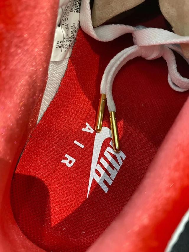 KITH x Nike Air Force 1 最新实物曝光!鞋舌细节有亮点!