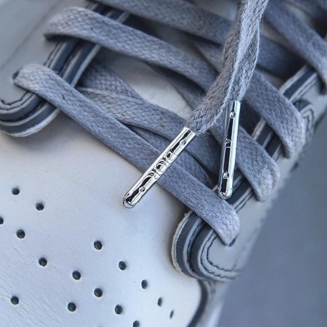 大佬开箱 Dior x AJ1!原来这双鞋还有这么多秘密!