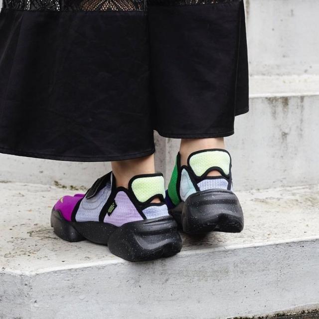 鞋面更轻薄!全新鸳鸯配色 Nike Aqua Rift 即将发售