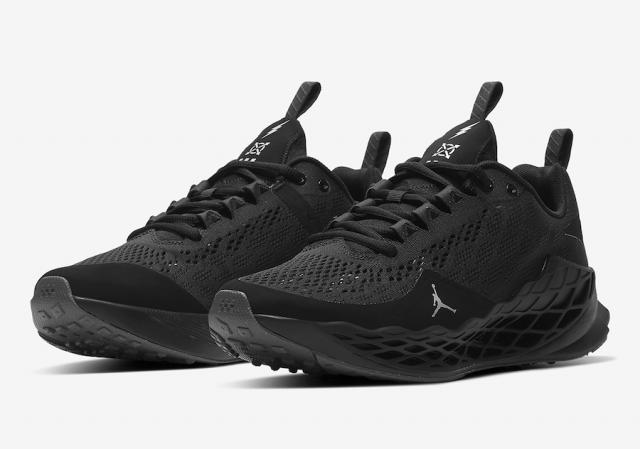 帅气黑武士造型!Jordan 最新科幻跑鞋现已发售!