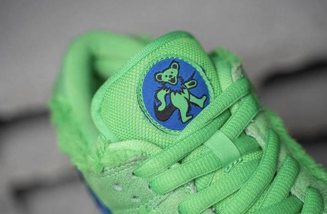 全新小熊 Dunk SB 细节曝光!又一双「鞋子带兜」的狠货要来了