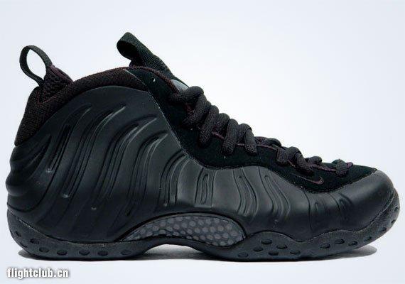 30. Nike Air Foamposite One - Black/Black - 2007 Release