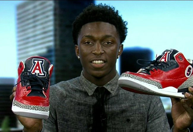 "Stanley Johnson 展示 喬登 3 ""Arizona Wildcats"""
