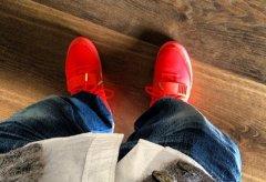 "余文乐/余文乐上脚 Nike Air Yeezy 2 ""Red October"""