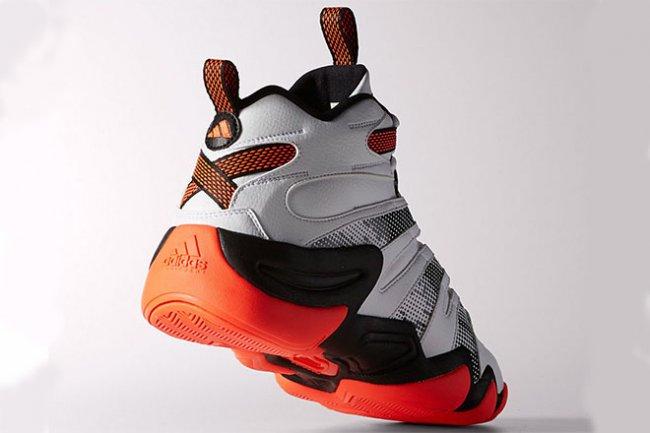 adidas Crazy 8 可说是 adidas 旗下篮球鞋中屹立不摇的一款。本次将推出的新版本采用了亮眼的橘红配色,在中底等处利用半色调的处理方式设计,形成黑白点状的图案。鞋面所採用的皮革与鞋身上绣字的搭配显得复古味十足。目前已在国外 adidas.com 上市,售价 $110 元。