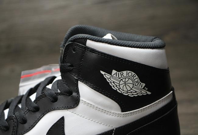 乔丹2014复刻_Air Jordan 1 Retro High OG 黑白配色即将复刻 555088-010 AJ1黑白 球鞋资讯 ...