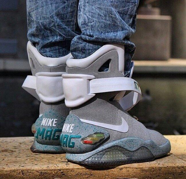 国内资讯_回到未来之 Nike Air Mag 多少钱售价价格 球鞋资讯 FLIGHTCLUB中文站 ...
