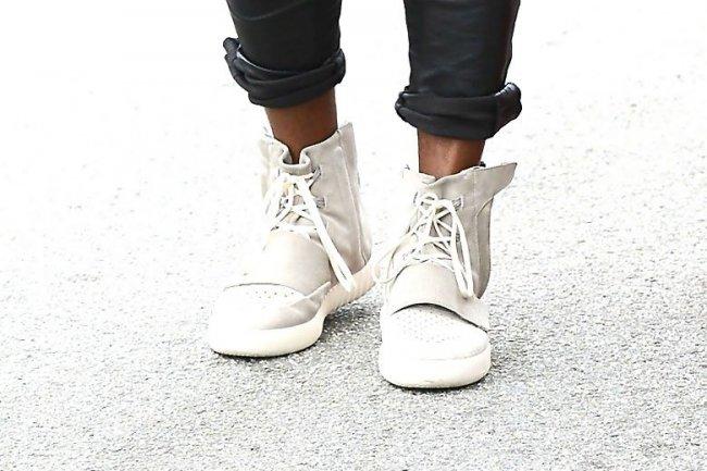 侃爷上脚 adidas Yeezy 750 Boost 高清图片