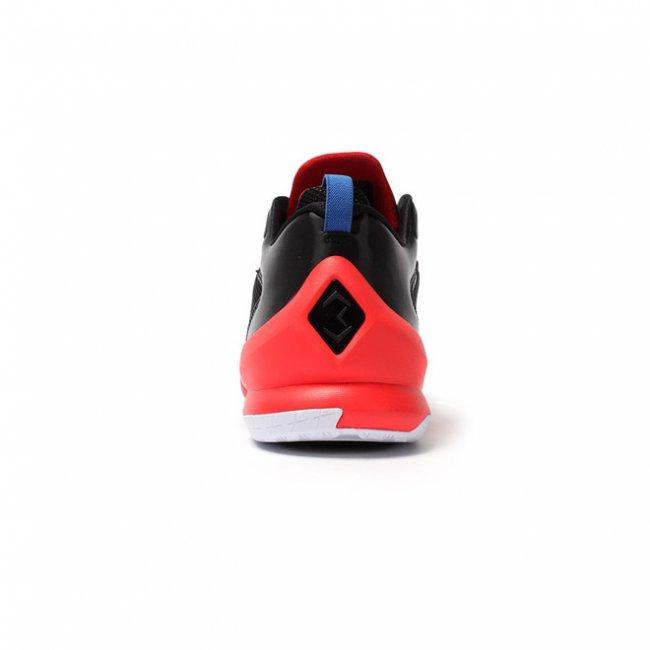 Jordan Brand  Jordan Brand 2015 季后赛鞋款亮相