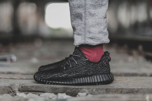 adidas Yeezy 350 Boost Black 精美图赏