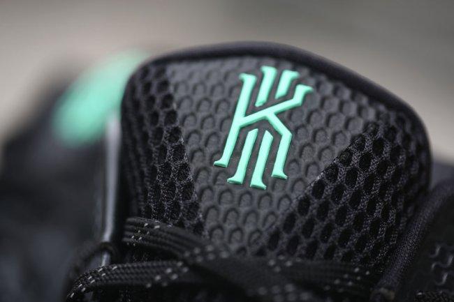 "705277-001,Kyrie 1,Nike 705277-001 九月登场,Nike Kyrie 1 ""Green Glow"" 实物近赏"