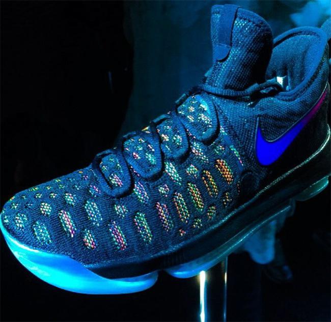 新�ykd9���#hy�d_kd9,nike 鞋款重量,上脚和新配色,关于 kd 9 的更多内容