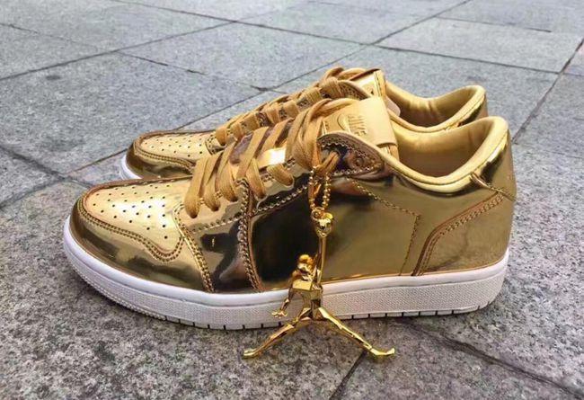 "Air Jordan 1,AJ1  耀眼小金鞋!Air Jordan 1 Low Pinnacle ""Metallic Gold"" 即将登场"