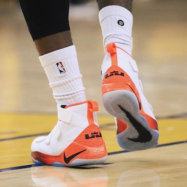 Nike,adidas,Under Armour  杜兰特高光表现!NBA 总决赛第一场球鞋上脚!