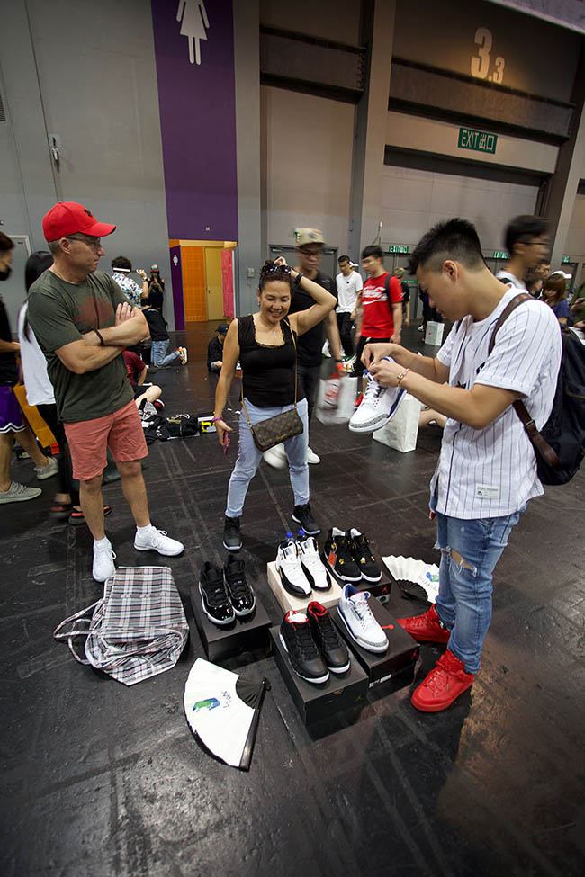 SneakerCon 家里闲置的球鞋、衣服太多?快!这个周末来这里卖掉!