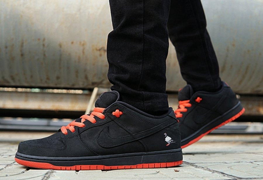 Nike,Dunk SB Low,883232-008  还有入手机会!黑鸽子 Dunk SB Low 本周官网再次发售
