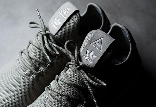 adidas,Tennis Hu  极简设计!简约风格 adidas Tennis Hu 现已上架!