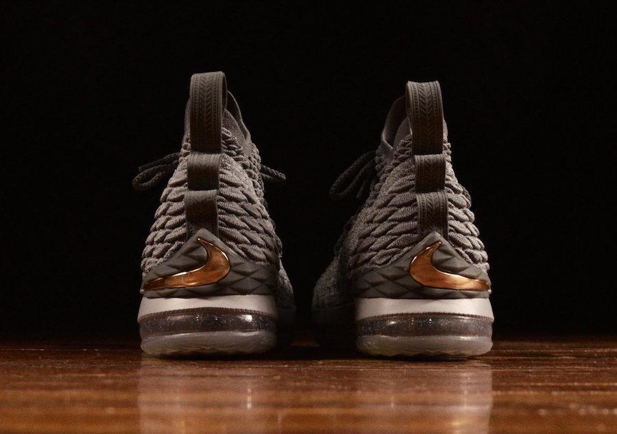"Nike,LeBron 15,LBJ15,City Edit  内敛又精致非凡!Nike LeBron 15 ""City Edition"" 实物美图近览"