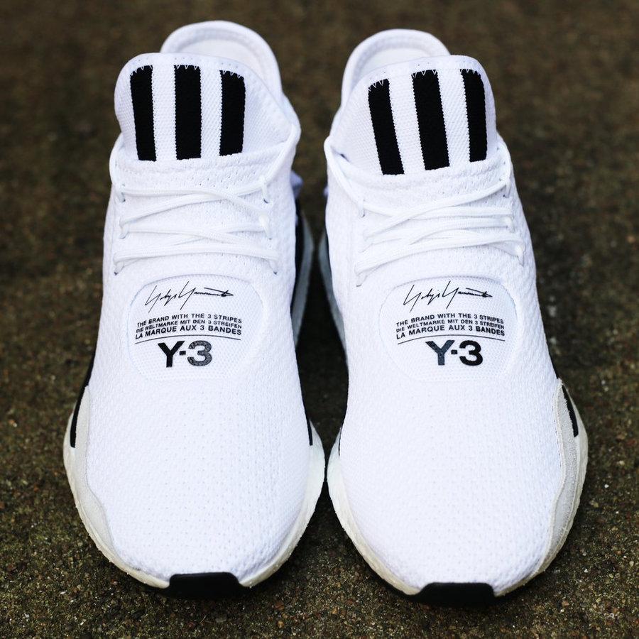 Y-3,Saikou  黑白配色的典范!全新鞋款 Y-3 Saikou 现已发售