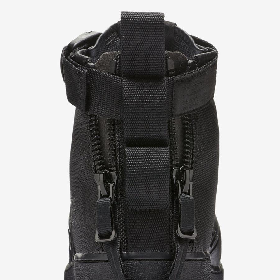 917753-005,Nike,SF-AF1 Mid,Tri  冷酷又帅气!纯黑装扮 SF-AF1 Mid 现已上架发售