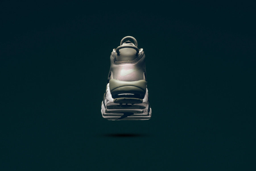 "Nike,Air More Uptempo,917593-0  发售提醒!女生专属 ""大 AIR"" 明日登陆官网"
