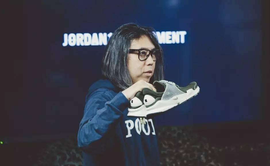 """懒人,球鞋,相信,你我,都曾,有过,这样,的,经历,  那些玩球鞋的 """"懒人们"""",平时都喜欢穿什么鞋?"""