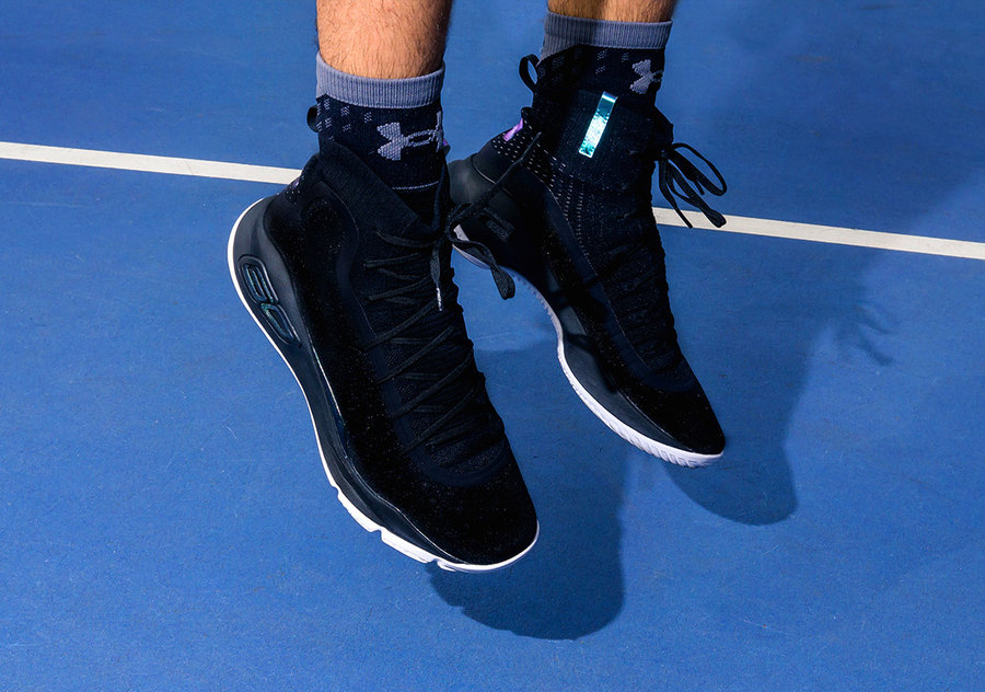 """Under Armour,Curry 4,More Rang  酷似隐形人配色!UA Curry 4 """"More Range"""" 现已发售"""