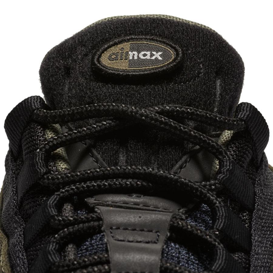 Nike,Air Max 95 Essential  魔术贴徽章是亮点!这双新品 Air Max 95 值得多加关注