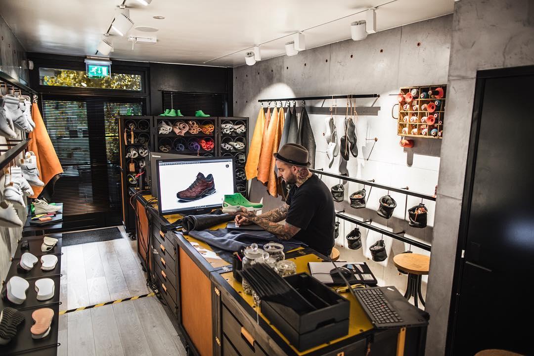 球鞋定制,Nike,adidas,Air Jordan,AJ  明星最青睐的天价鞋!这些艺术品般的球鞋你都舍不得穿!