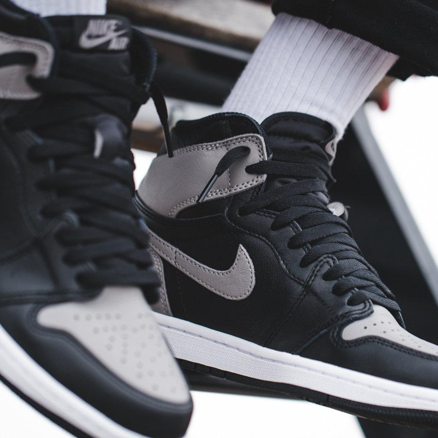 "Air Jordan 1,AJ1,555088-013  发售倒计时!来 Air Jordan 1 ""Shadow"" 上脚效果如何?"