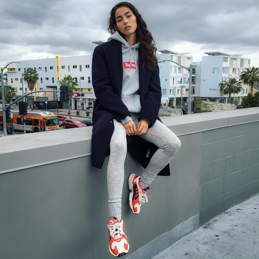 Yung 1,adidas  Adrianne Ho 又换上了 Supreme,看看她最近的球鞋上脚吧!