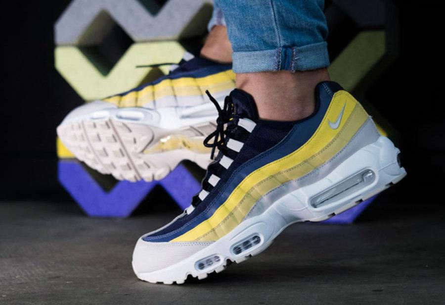 "Nike,Air Max 95  色彩层次出众!全新 Air Max 95 ""Lemon Wash"" 上脚欣赏"
