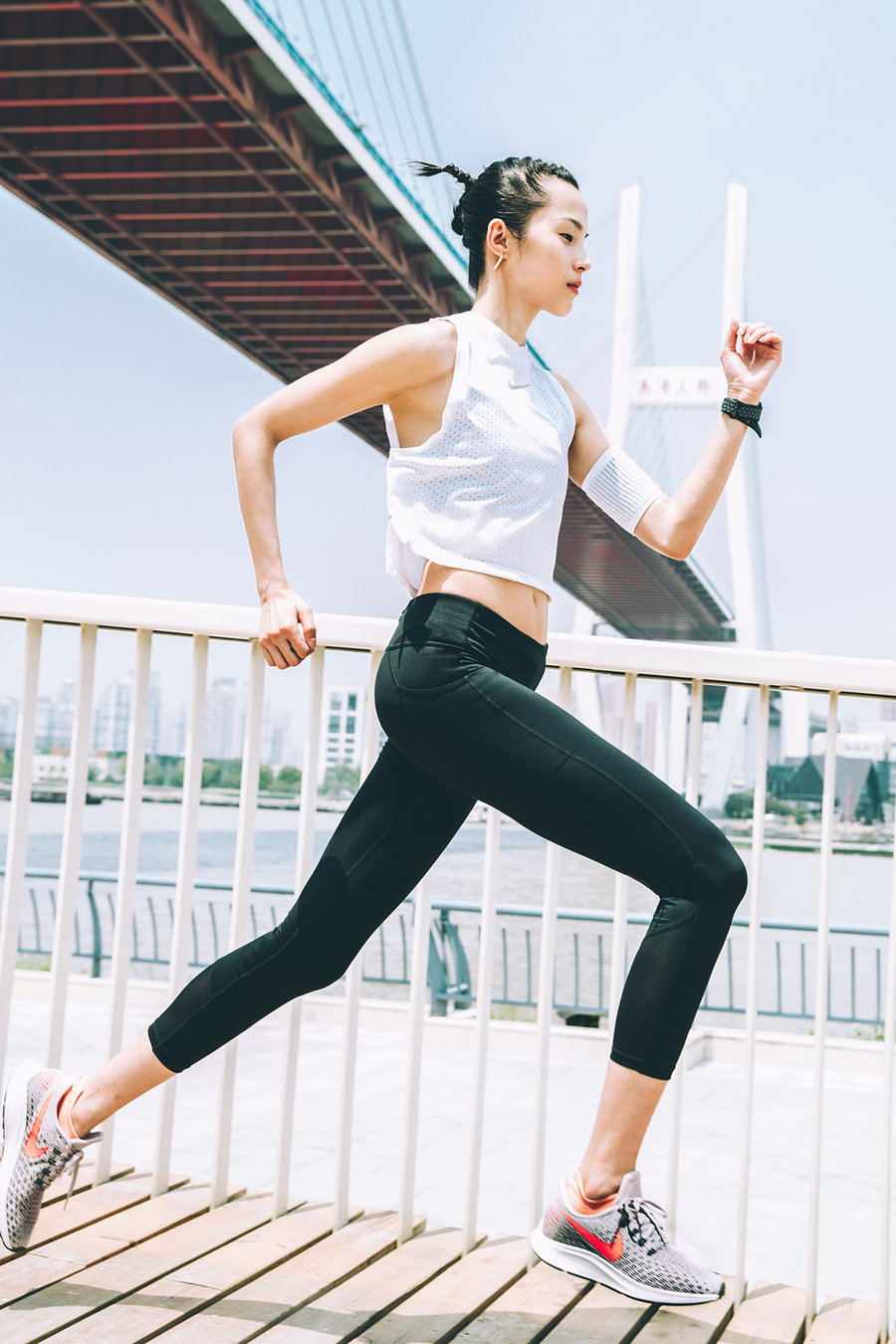 Nike,Air Zoom Pegasus 35  鬼马精灵的超模!将要穿 Nike 新跑鞋挑战半程马拉松!