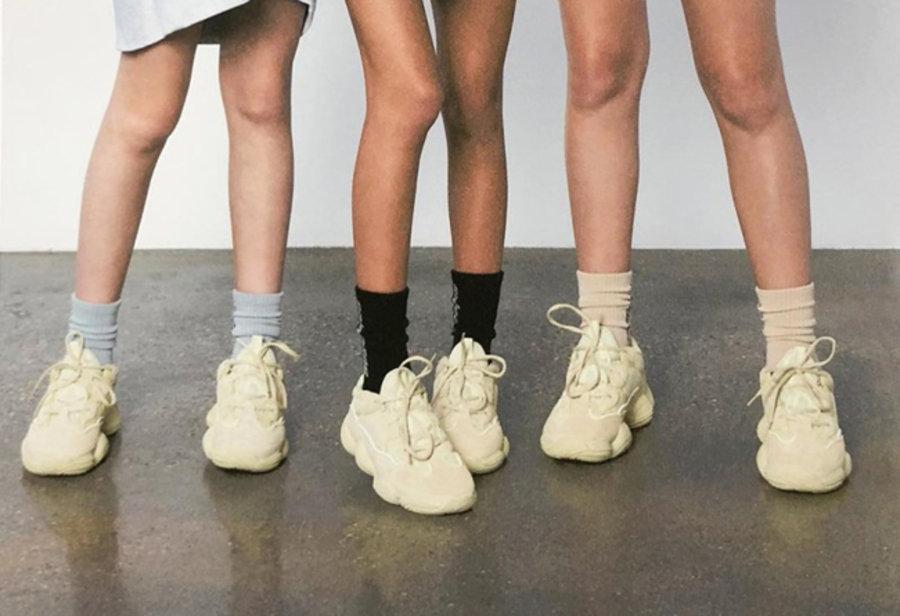 adidas,Yeezy 500,上脚  侃爷打造 Yeezy 500 全新型录!风格大胆另类