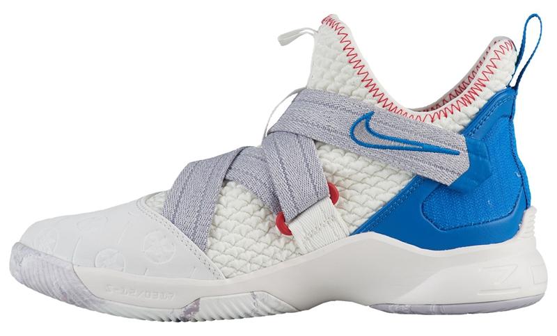 Nike,Soldier 12,发售  鞋面加入独特刻印!女生专属 Soldier 12 本月底发售