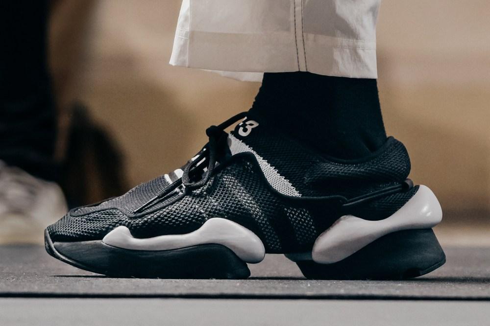 Y-3,上脚  解构与复杂的融合!Y-3 带来全新 2019 年春夏系列鞋款